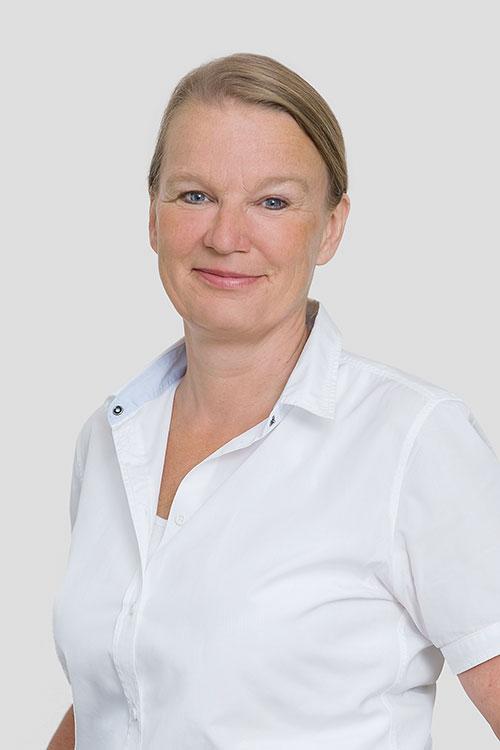 Dr. C. Neupert